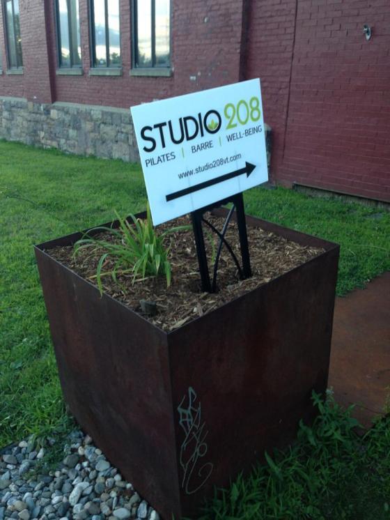 Studio 208